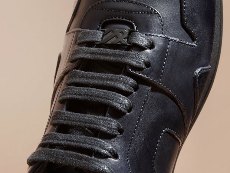 Navy The Field Sneaker in Leather Navy - cell image 1