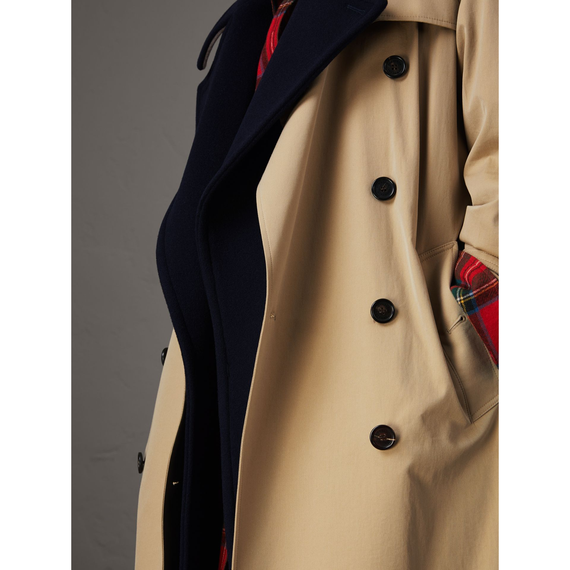 Tropical Gabardine Trench Coat with Detachable Facing in Honey - Women | Burberry - gallery image 4
