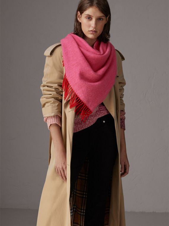The Burberry Bandana in Cashmere in Bright Red | Burberry - cell image 2