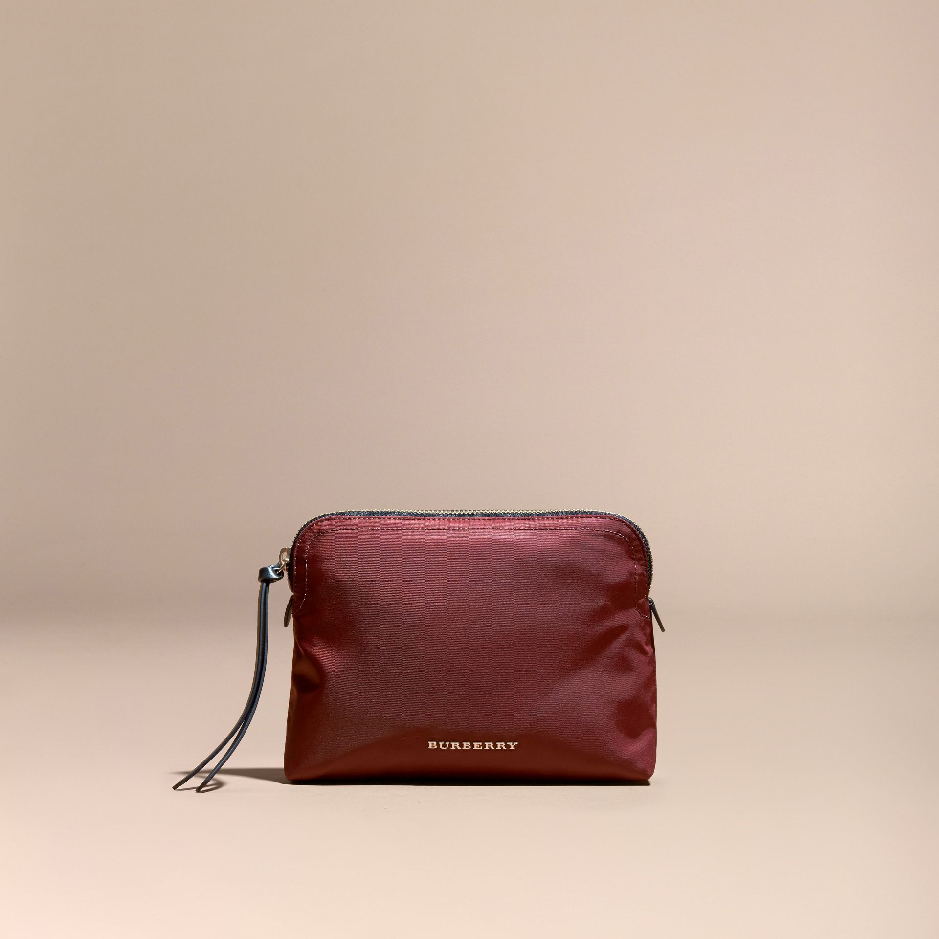 Burgundy red Zip-top Technical Nylon Pouch Burgundy Red - gallery image 5