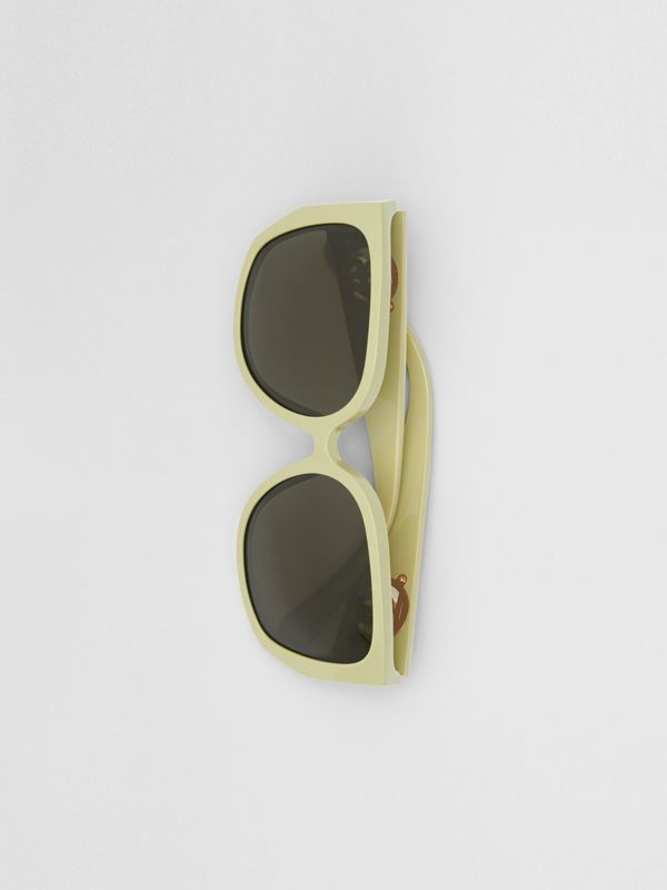 Oversized Butterfly Frame Sunglasses in Pistachio - Women | Burberry - cell image 3