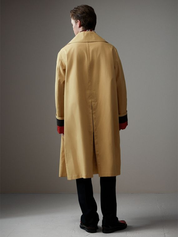 Bonded Cotton Oversized Seam-sealed Car Coat in Beige/red - Men | Burberry Singapore - cell image 2