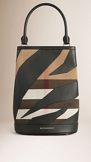 Sac Burberry Bucket en toile Canvas check et cuir
