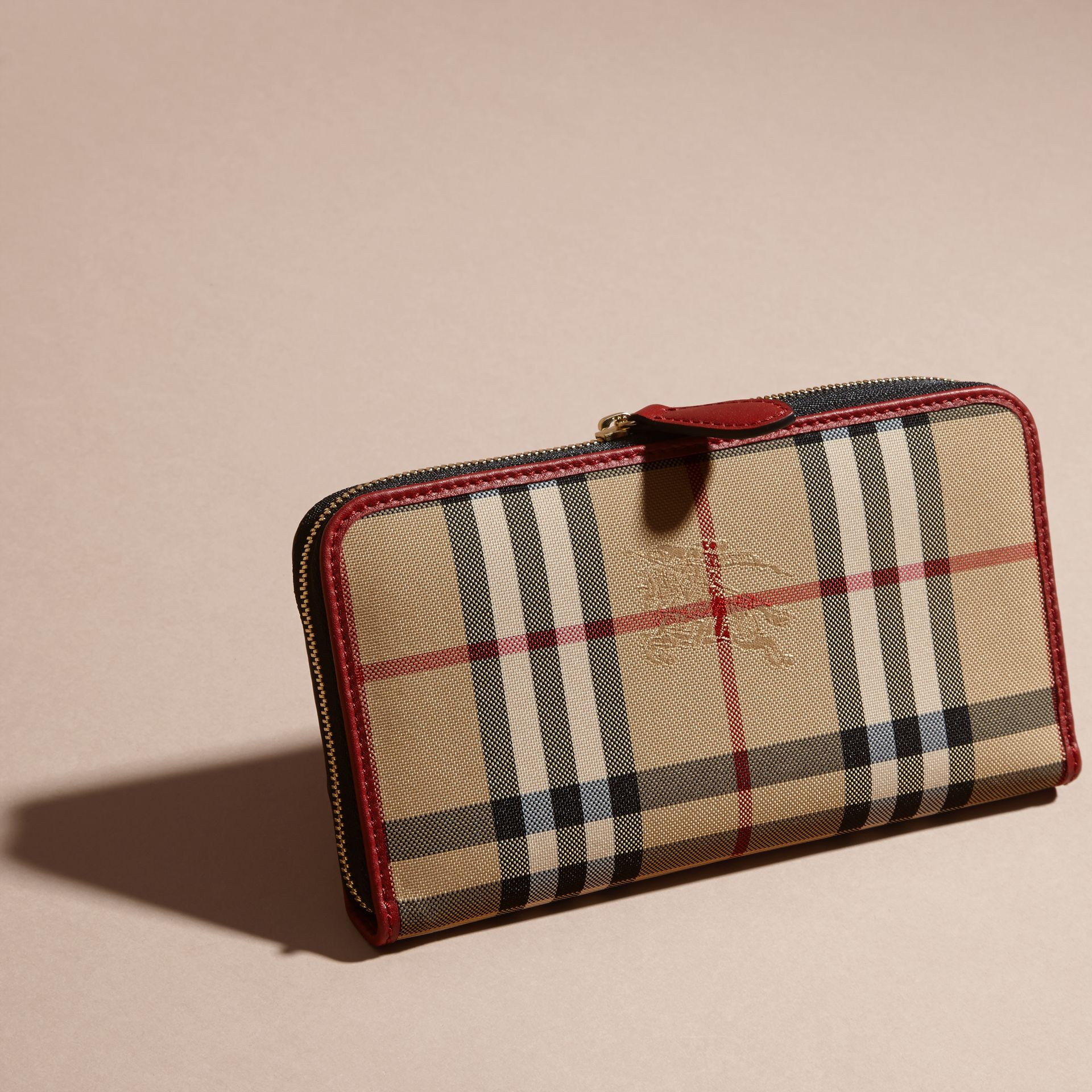 Horseferry Check and Leather Ziparound Wallet in Parade Red - Women | Burberry Canada - gallery image 4