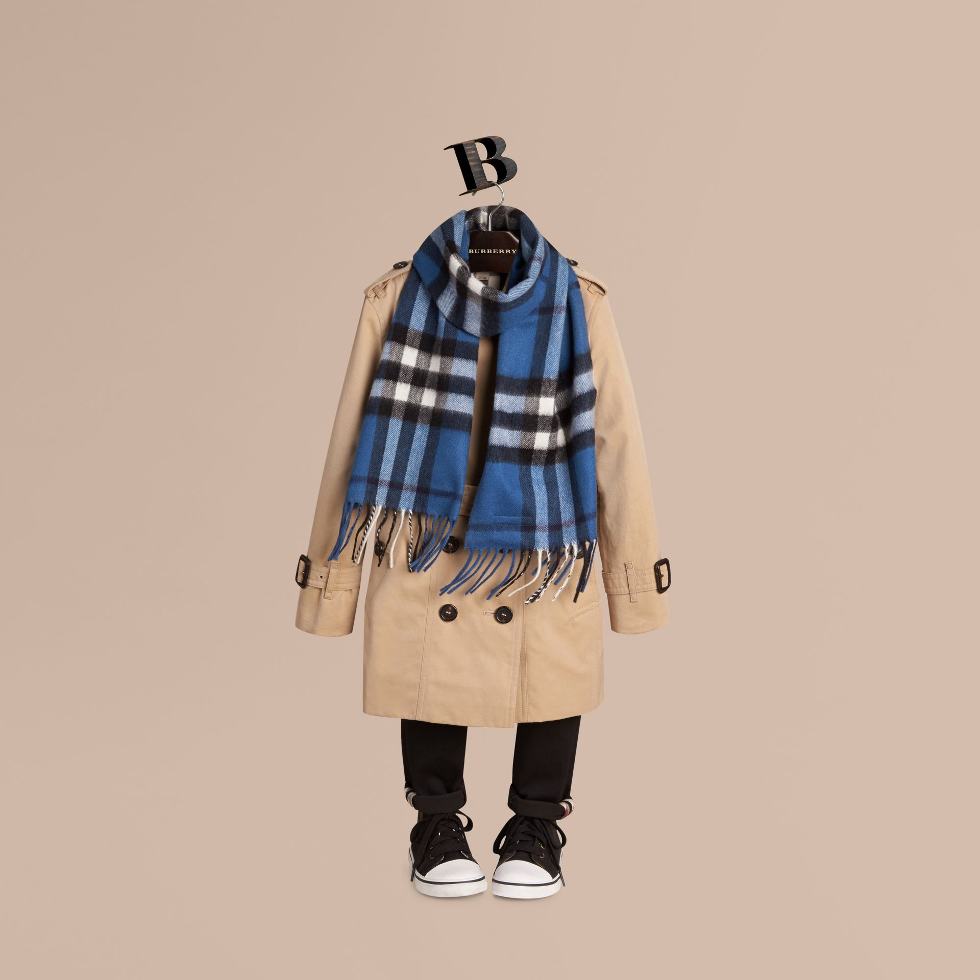 Cadet blue The Mini Classic Cashmere Scarf in Check Cadet Blue - gallery image 3