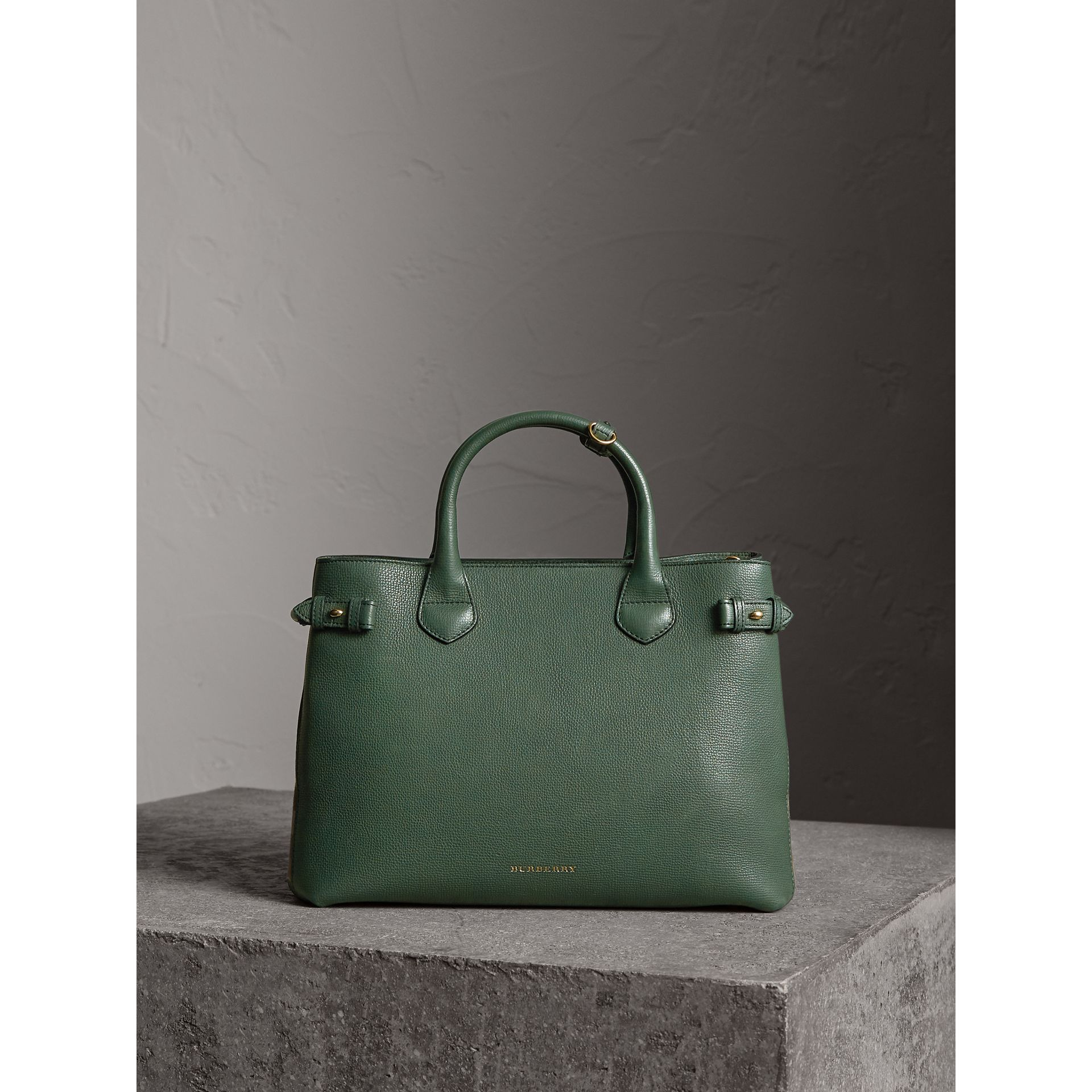 The Medium Banner in Leather and House Check in Dark Bottle Green - Women | Burberry - gallery image 7