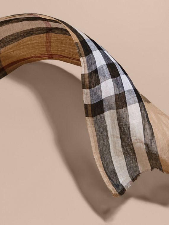 Lightweight Check Linen Scarf in Camel | Burberry - cell image 3