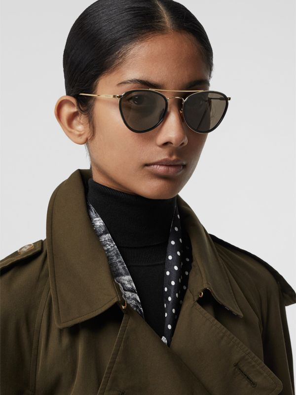Pilot Sunglasses in Black - Women | Burberry United Kingdom - cell image 2