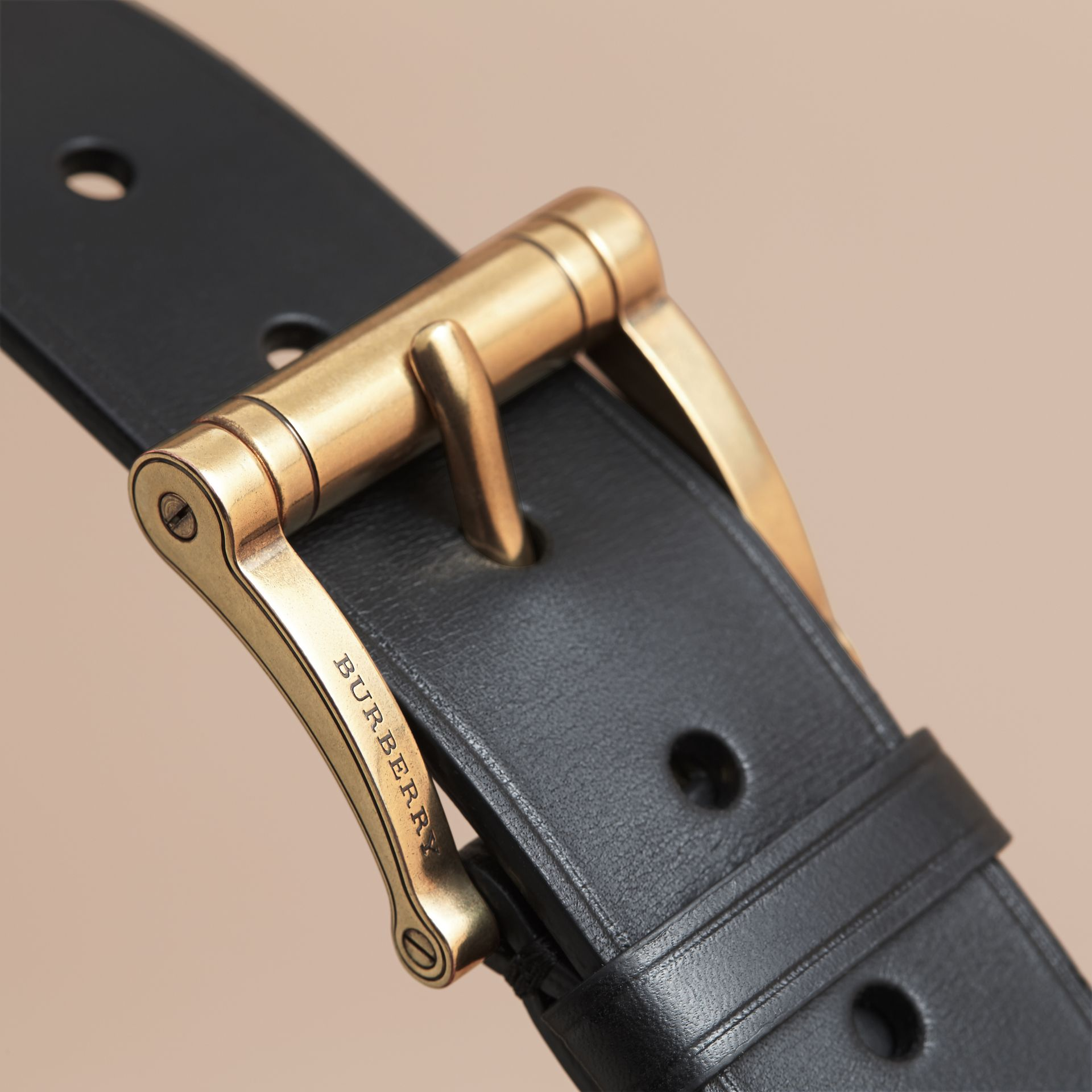 Brass Buckle Leather Belt in Black - Men | Burberry - gallery image 2