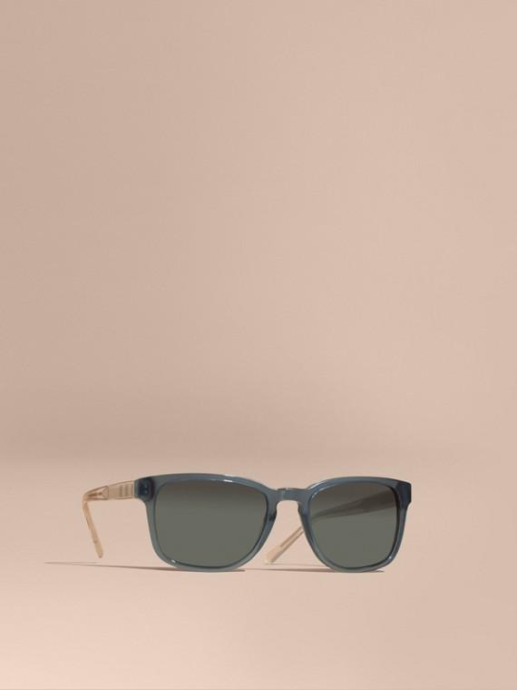 Sonnenbrille mit eckigem Gestell und Karodetail Blaugrau