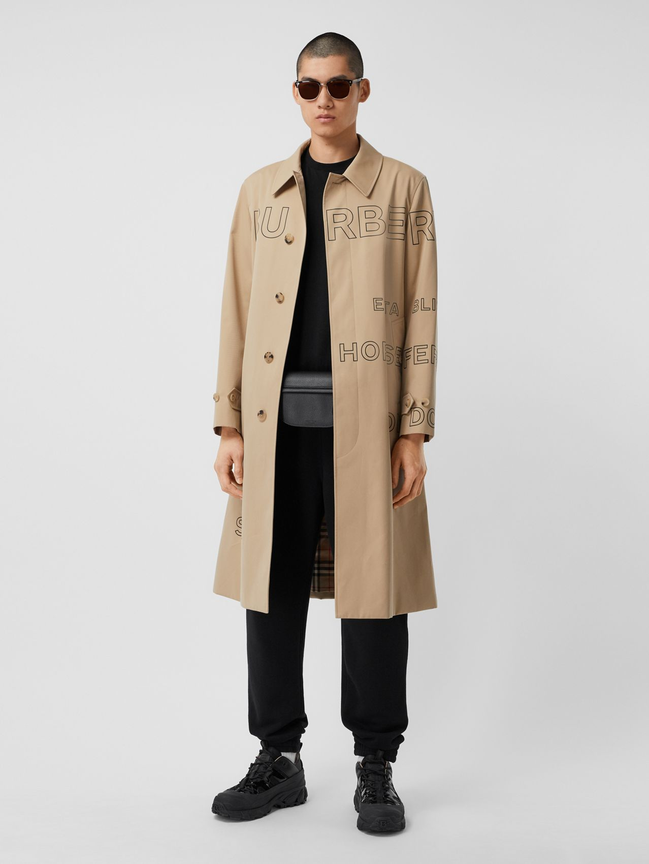 Car coat in gabardine di cotone con stampa Horseferry (Miele)