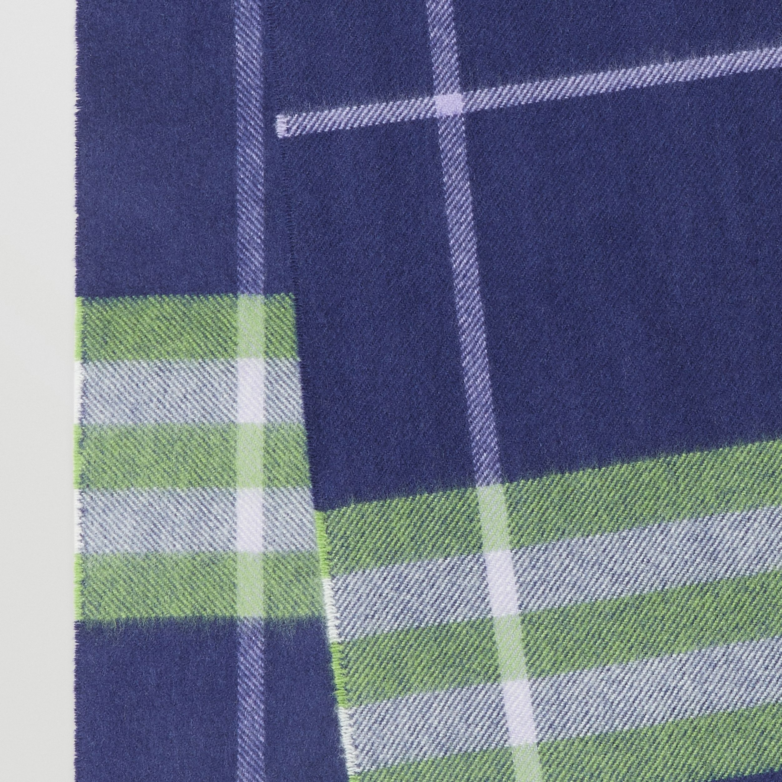 The Classic Check Cashmere Scarf in Bright Indigo/green | Burberry - 2