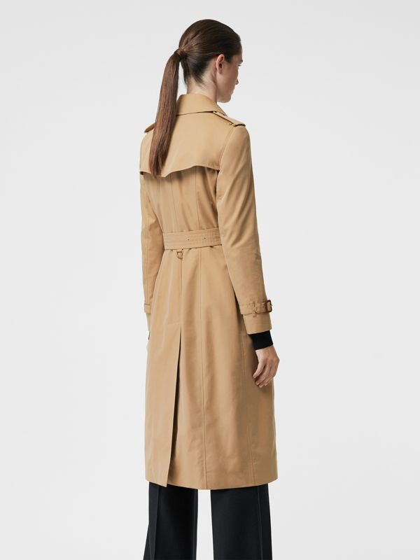 The Long Chelsea Heritage Trench Coat in Honey - Women | Burberry Singapore - cell image 2