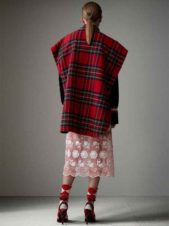 Reversible Tartan Wool Cashmere Poncho in Bright Red/dark Grey - Women | Burberry - cell image 2