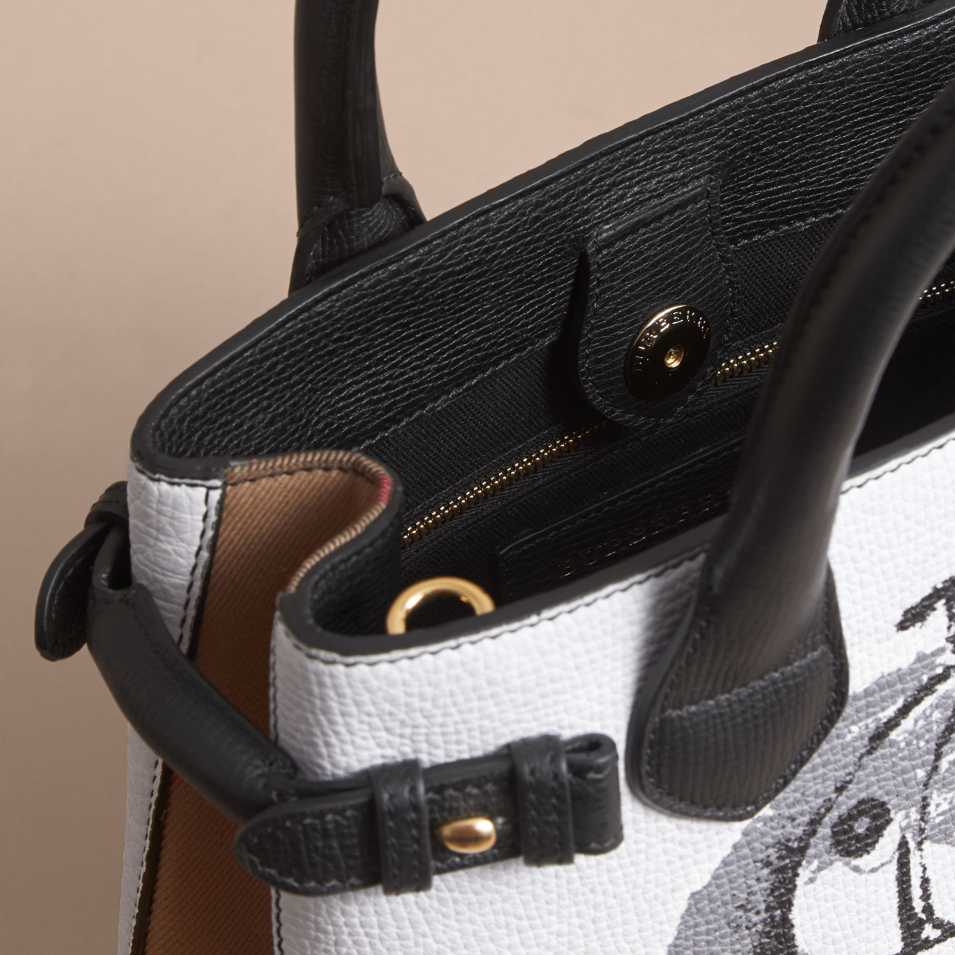 The Small Banner in Leather with Pallas Heads Print in Black - Women | Burberry Singapore - gallery image 6