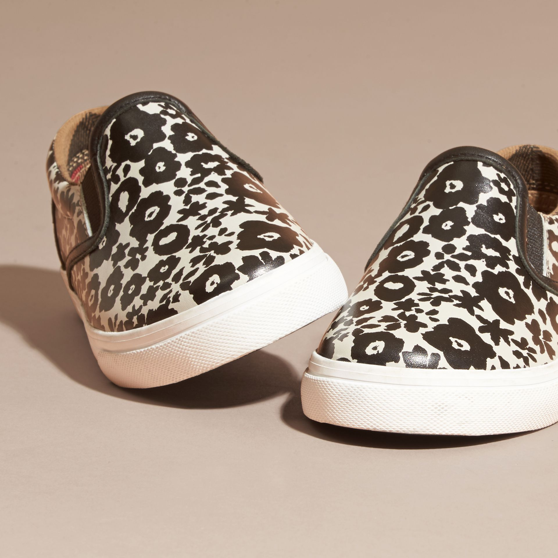 Black/white Floral Print Leather Slip-on Trainers - gallery image 2
