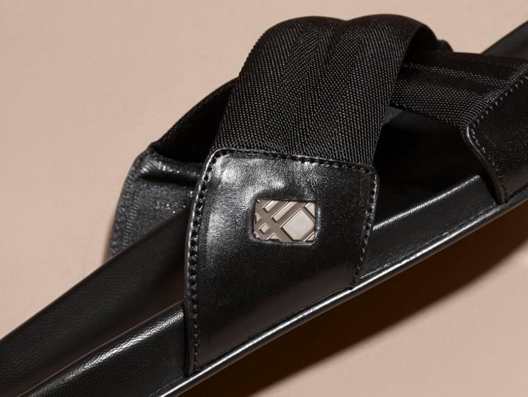 Noir Sandales en cuir et toile technique avec ornements check - cell image 1