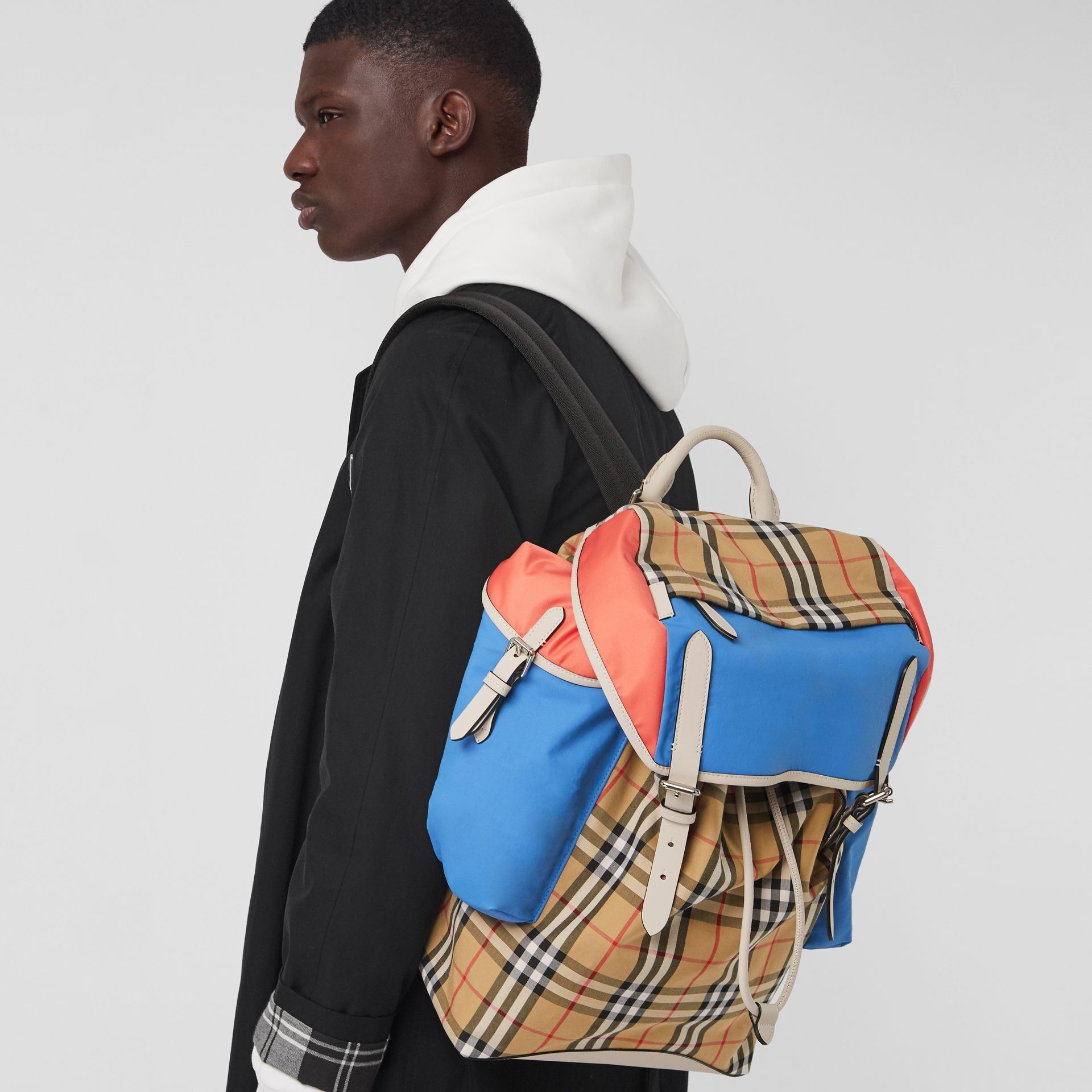 Colour Block Vintage Check and Leather Backpack in Cerulean Blue - Men | Burberry - gallery image 5
