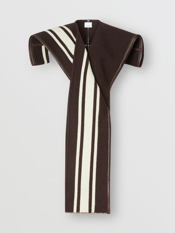 羔羊皮飾帶條紋細節設計羊毛提花披肩 (棕色) - 女款 | Burberry - cell image 3