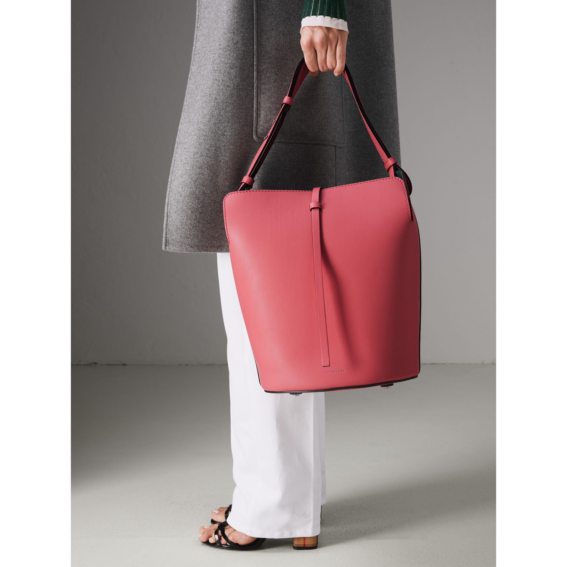 The Medium Leather Bucket Bag in Bright Coral Pink - Women | Burberry United Kingdom - gallery image 3