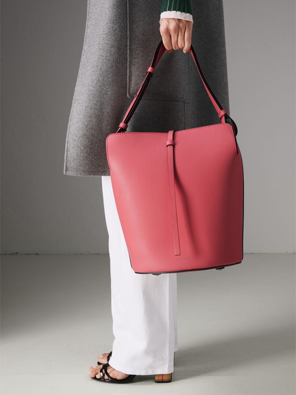 The Medium Leather Bucket Bag in Bright Coral Pink - Women | Burberry United Kingdom - cell image 3