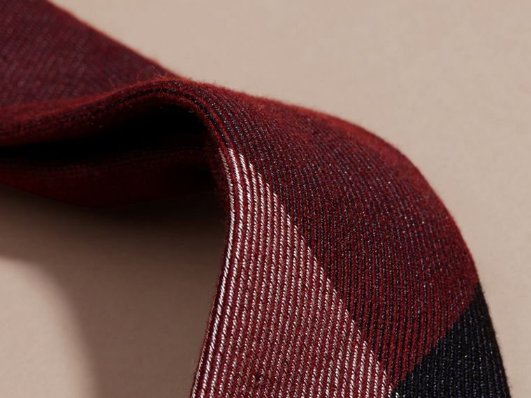 Modern Cut Check Cashmere Silk Tie Dark Elderberry - cell image 1