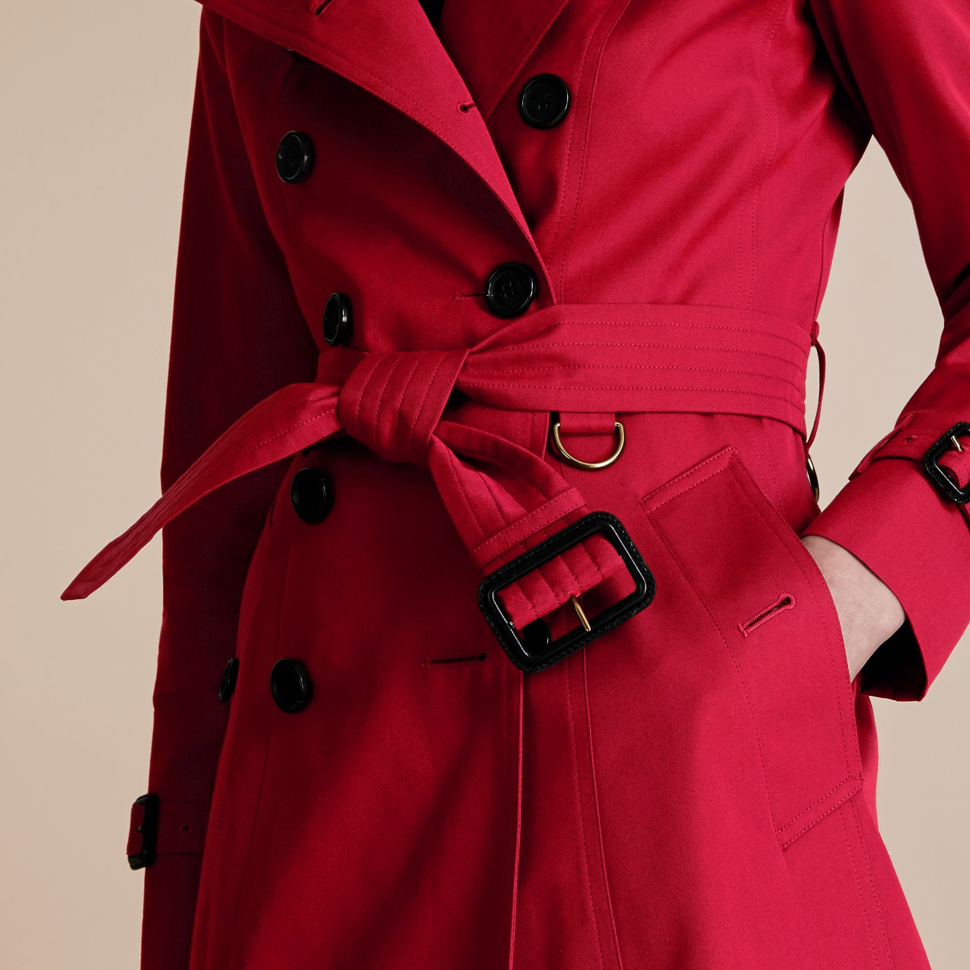 Parade red The Chelsea – Short Heritage Trench Coat Parade Red - gallery image 5