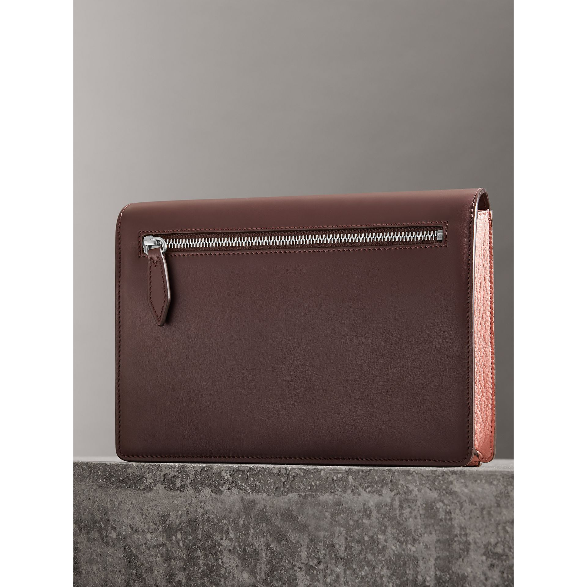 Two-tone Leather Crossbody Bag in Dusty Rose/deep Claret - Women | Burberry United Kingdom - gallery image 4