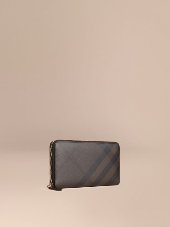 London Check Ziparound Wallet in Chocolate/black