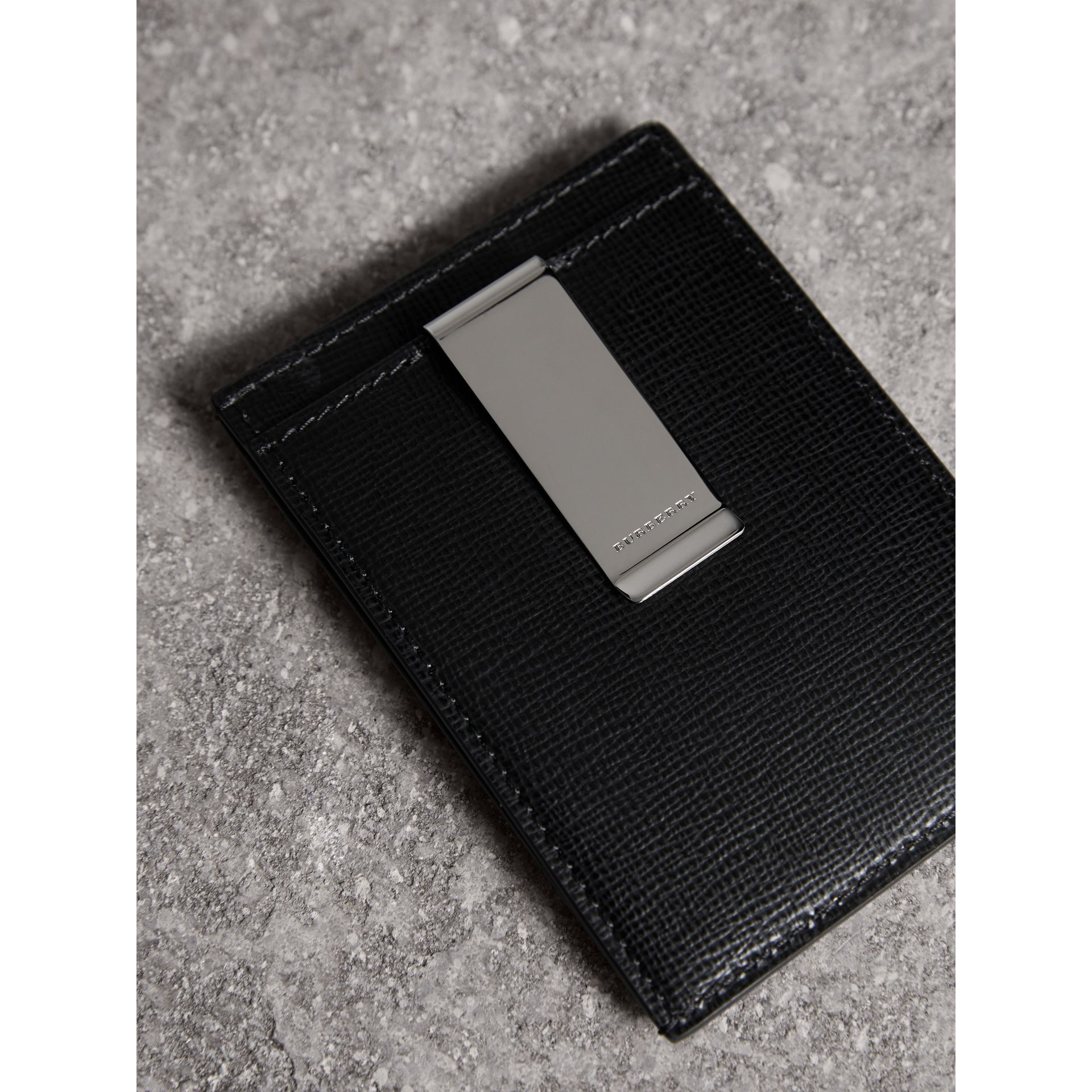 London Leather Money Clip Card Case in Black - Men | Burberry - gallery image 2