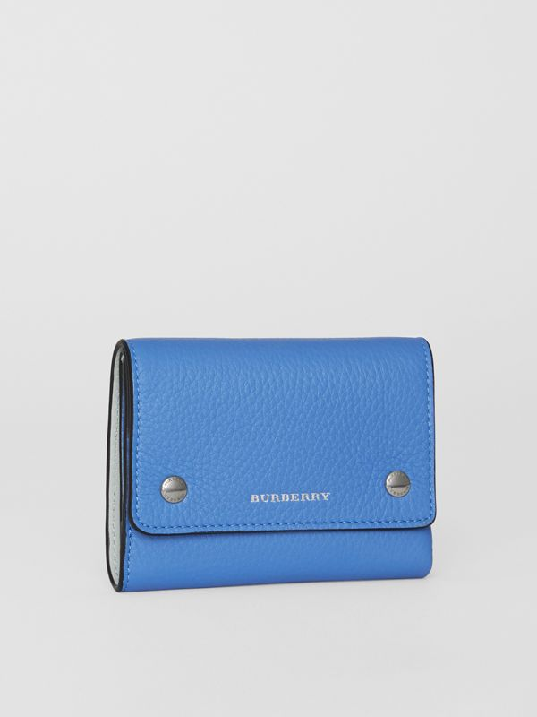 Small Leather Folding Wallet in Hydrangea Blue - Women | Burberry - cell image 3