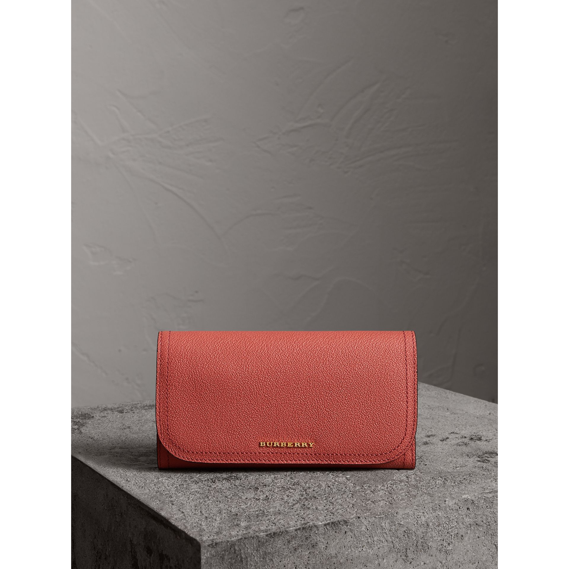 Two-tone Leather Continental Wallet and Coin Case in Cinnamon Red/multi - Women | Burberry - gallery image 4