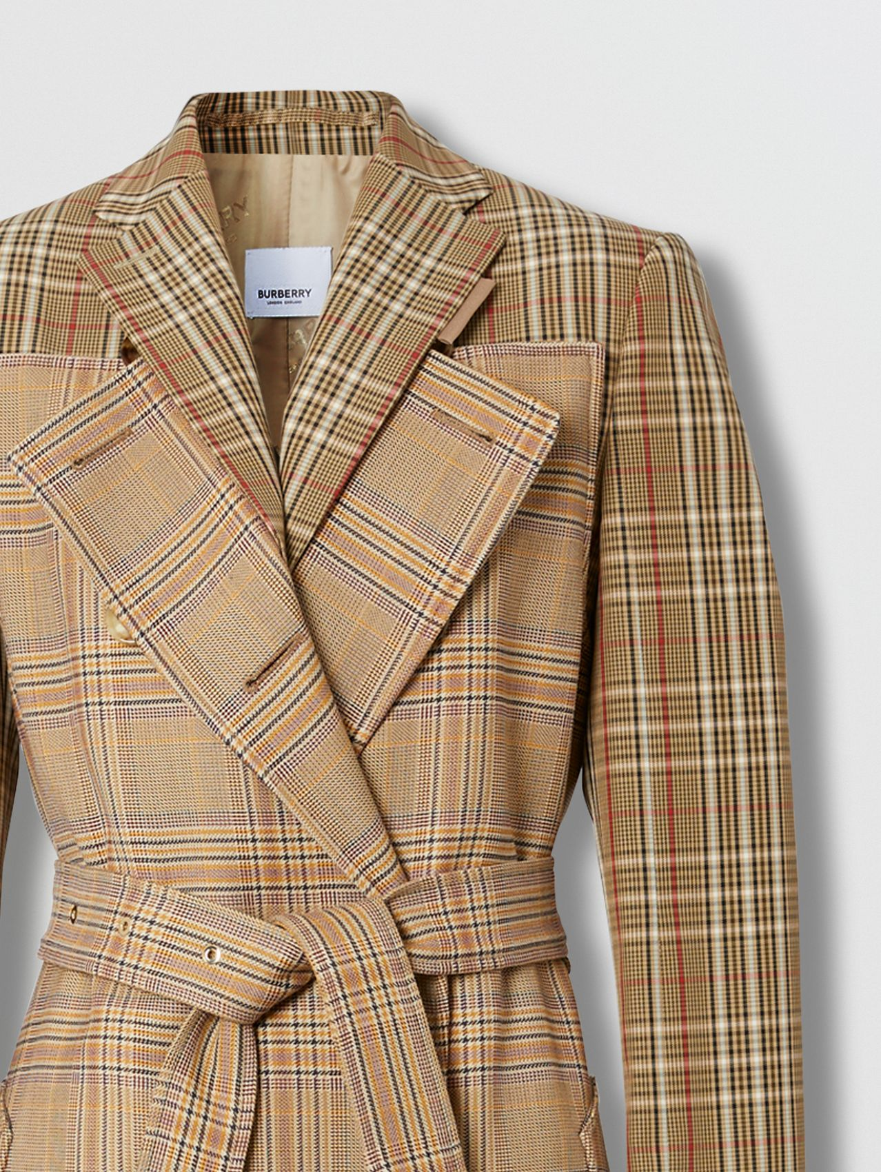 Double-faced Cashmere Lab Coat in Camel