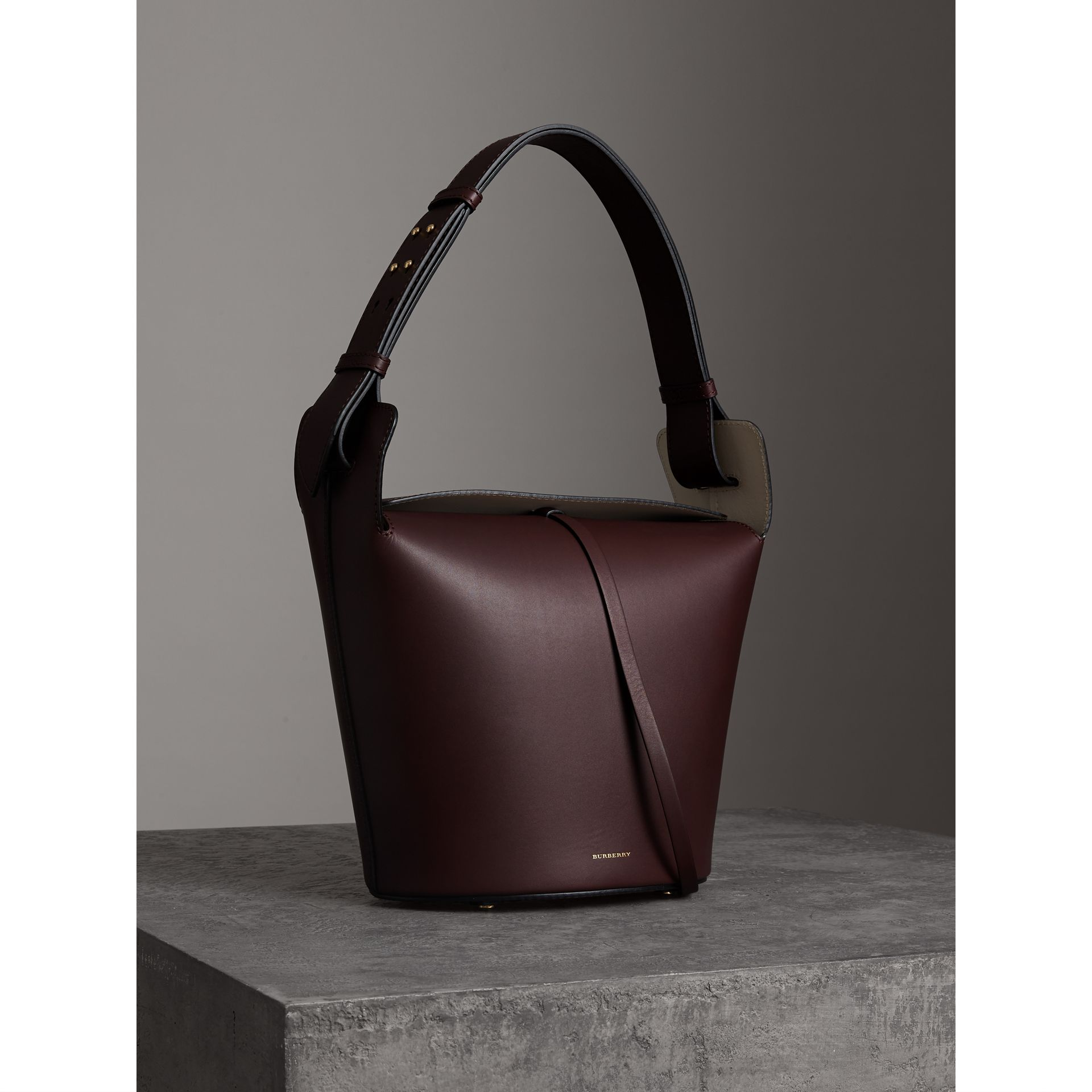 The Medium Leather Bucket Bag in Deep Claret - Women | Burberry Singapore - gallery image 6