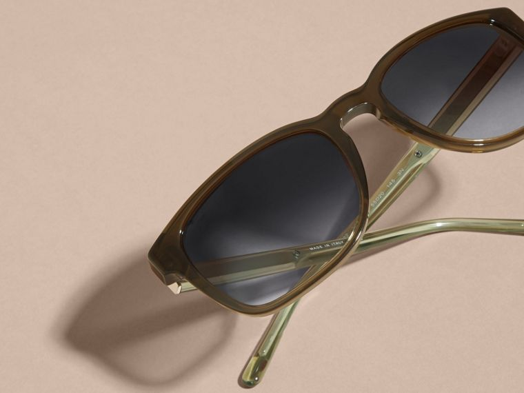 Check Detail Square Frame Sunglasses Olive - cell image 4