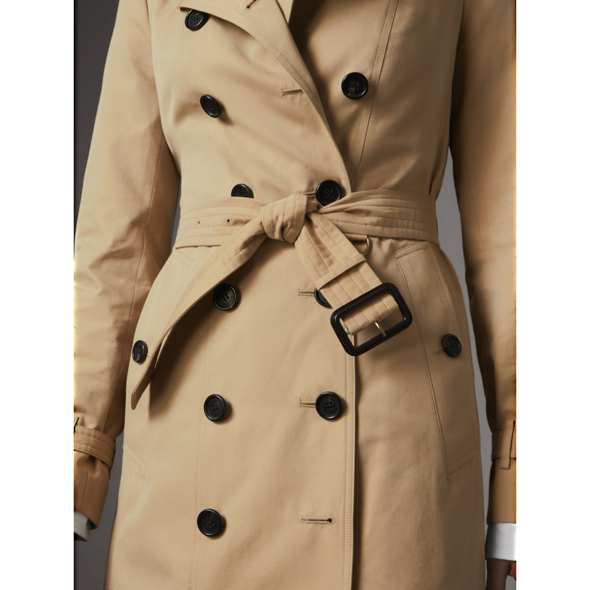 The Sandringham – Mid-Length Heritage Trench Coat in Honey - Women | Burberry - gallery image 7