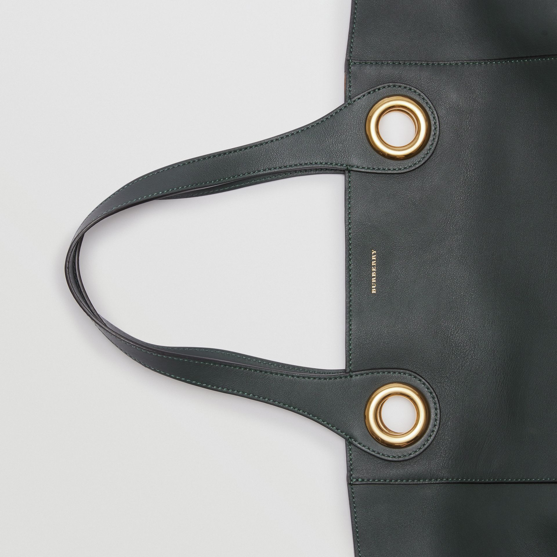 The Leather Grommet Detail Tote in Dark Emerald - Women | Burberry United States - gallery image 1