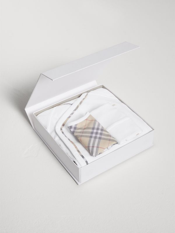 Check Cotton Three-piece Baby Gift Set in White | Burberry - cell image 2