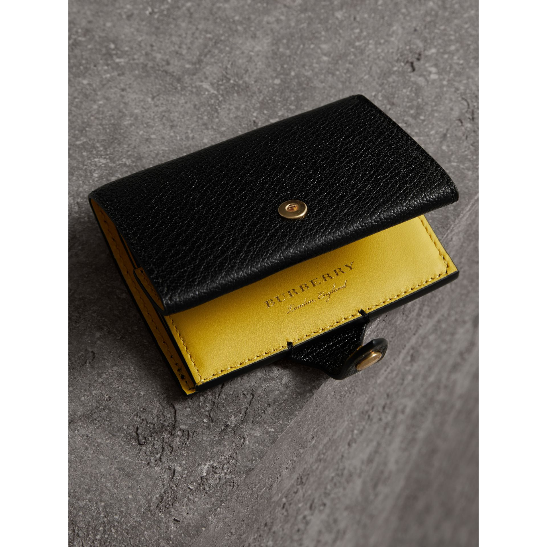 Equestrian Shield Two-tone Leather Folding Wallet in Black - Women | Burberry Canada - gallery image 2