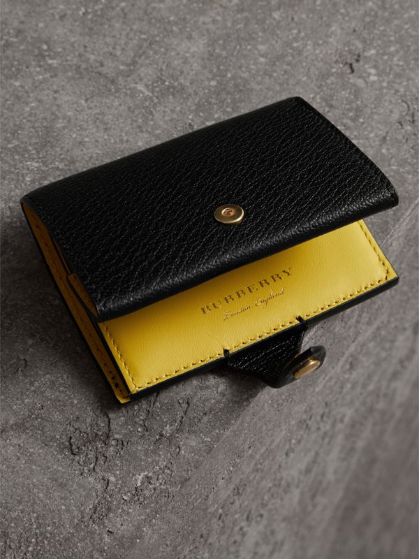 Equestrian Shield Two-tone Leather Folding Wallet in Black - Women | Burberry Canada - cell image 2