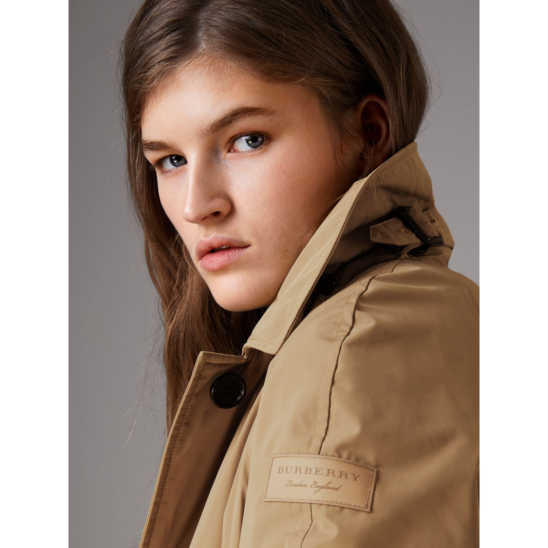 Detachable Hood Showerproof Car Coat in Sisal - Women | Burberry Singapore - gallery image 4