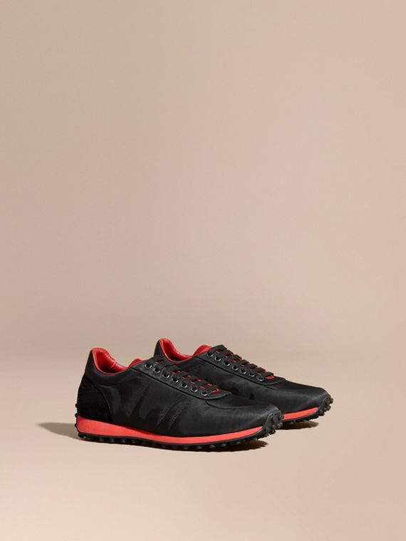 Textural Trim Technical Sneakers Black/military Red
