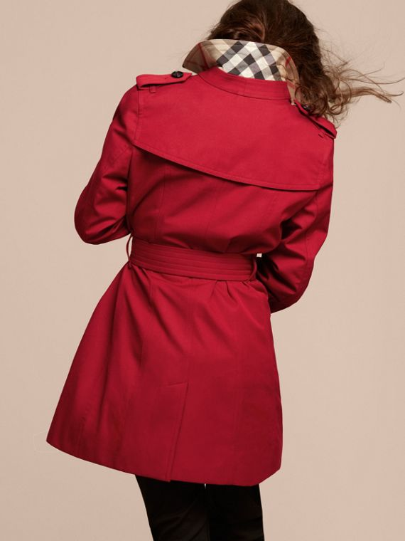 The Sandringham – Heritage Trench Coat in Parade Red - cell image 3