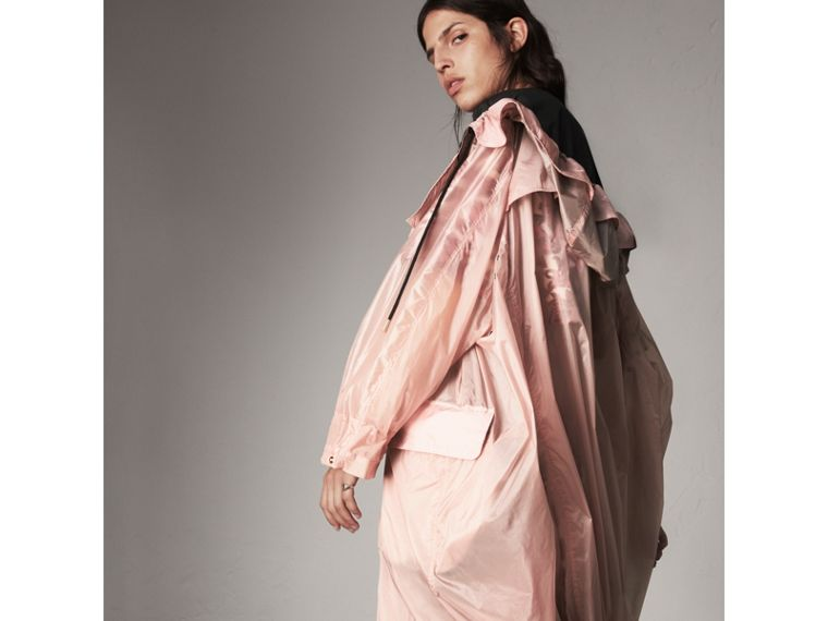 Hooded Lightweight Oversize Parka in Ash Rose - Women | Burberry - cell image 4