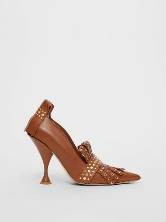 Studded Kiltie Fringe Leather Point-toe Pumps in Tan