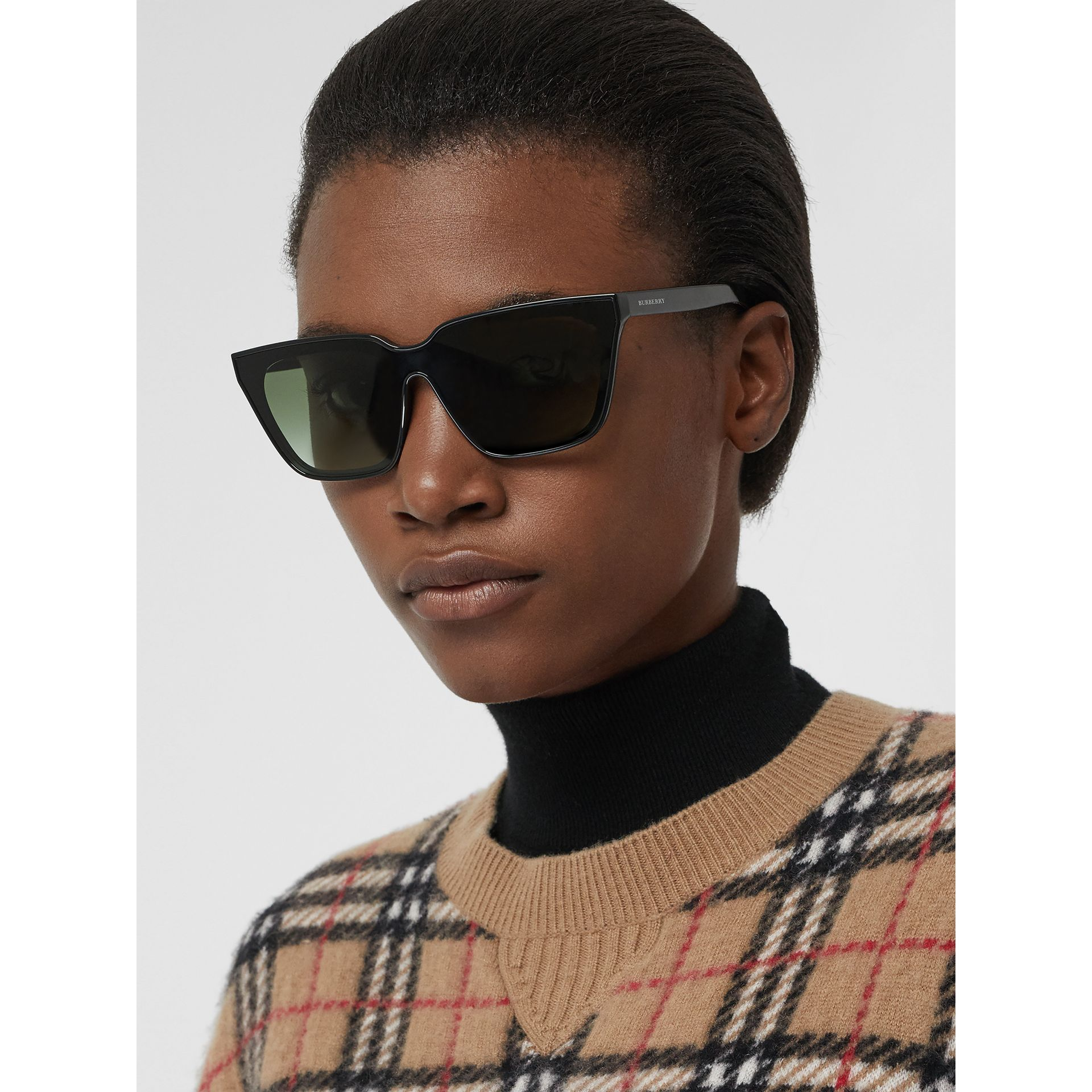 Square Frame Shield Sunglasses in Black - Women | Burberry - gallery image 2