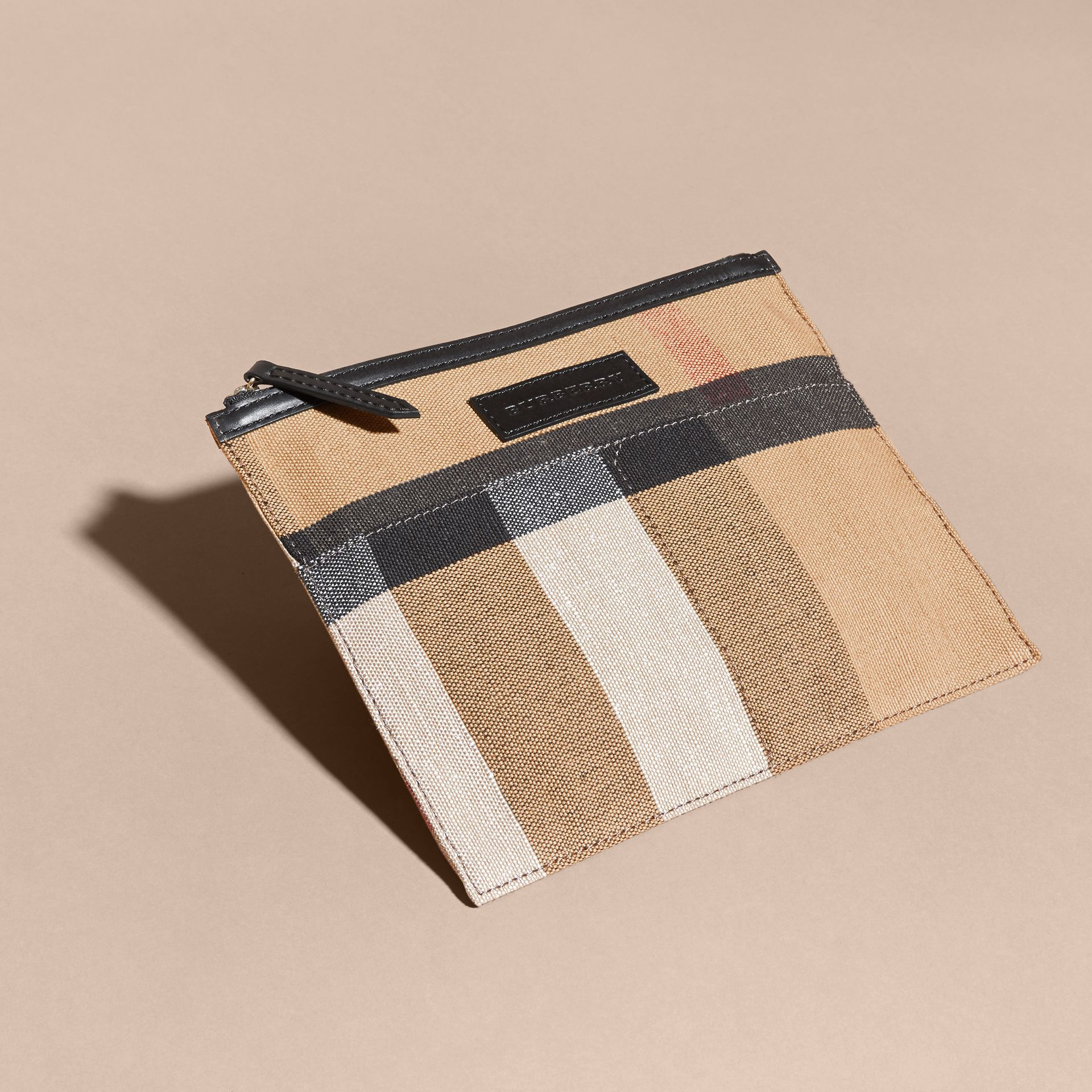 The Ashby media con pelle e motivo Canvas check (Nero/nero) - Donna | Burberry - immagine della galleria 10