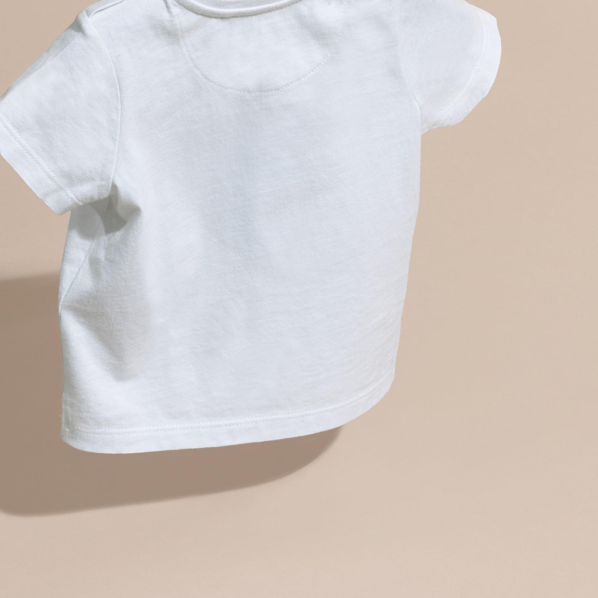 Noir T-shirt en coton avec imprimé à cœurs Noir - photo de la galerie 4