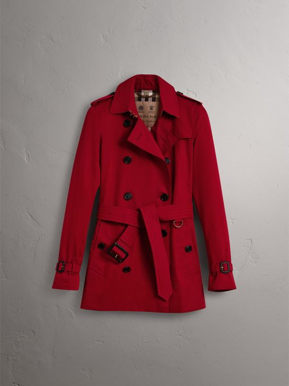 The Kensington – Short Trench Coat in Parade Red - Women | Burberry - cell image 3