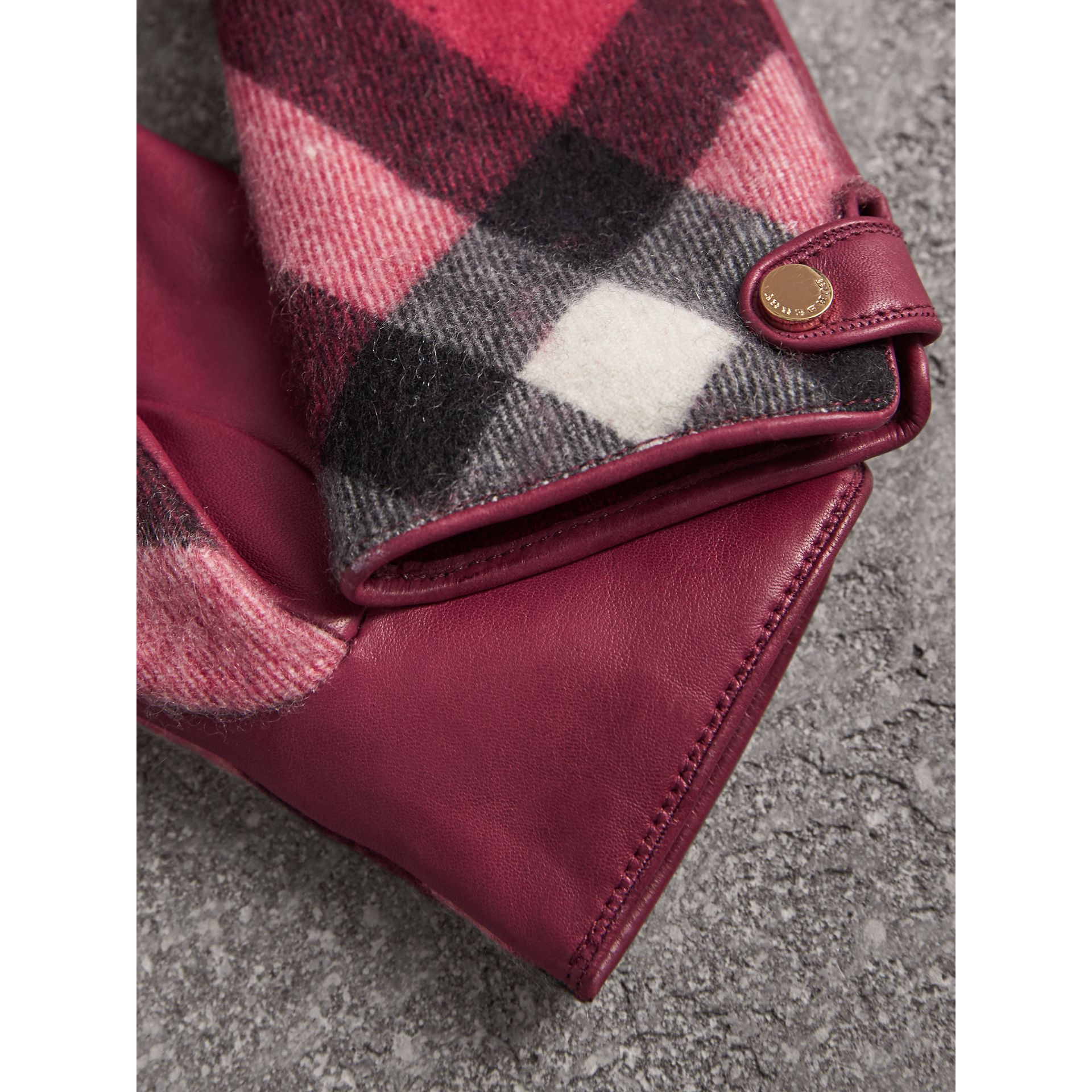 Leather and Check Cashmere Gloves in Fuchsia - Women | Burberry United States - gallery image 3